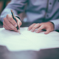 Contracts: An Important Tool for Minimizing Risk in Construction